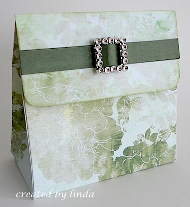 gift packaging.copyright linda @ snailzpace.wordpress.com