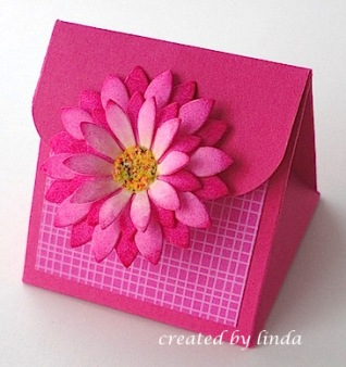 MFT daisy box copyright linda snailzpace.wordpress.com
